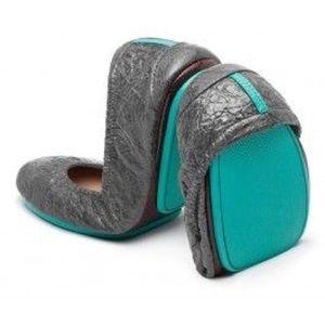Slate Grey Croc Tieks